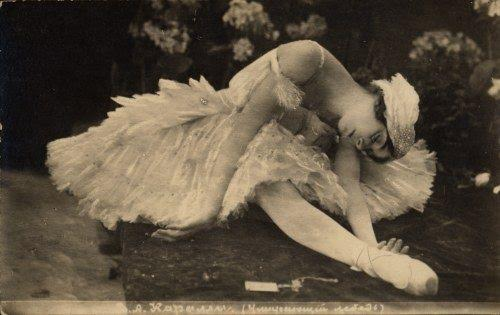 "Vera Karalli, Still from the silent film ""The Dying Swan,"" directed by Evgenii Bauer, 1917."